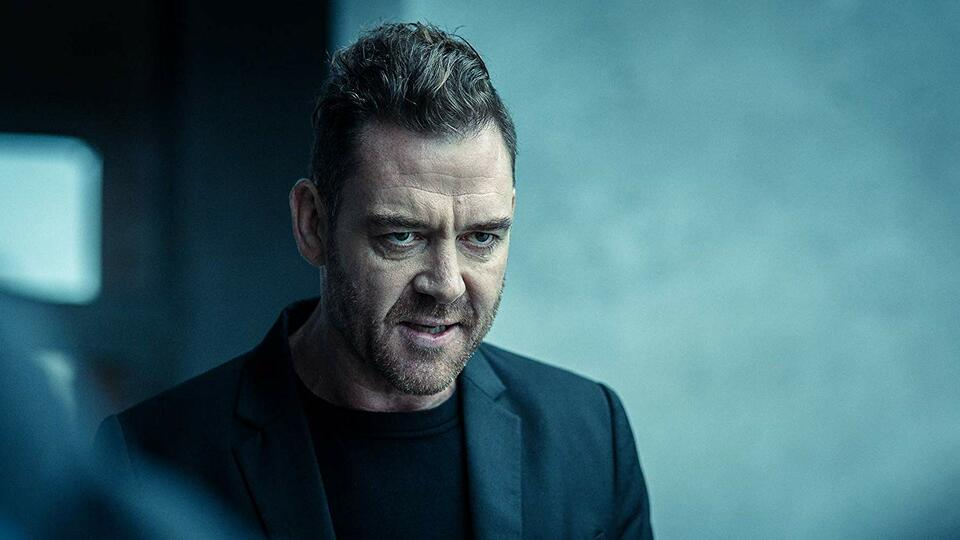Dark Crimes mit Marton Csokas