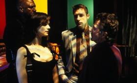 Confidence mit Dustin Hoffman, Rachel Weisz und Edward Burns - Bild 1