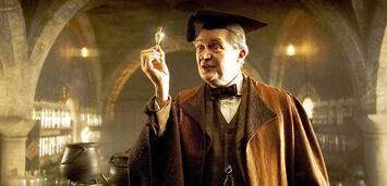 Bild zu:  Jim Broadbent in Harry Potter