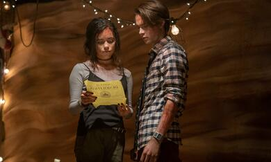 The Babysitter: Killer Queen mit Judah Lewis und Jenna Ortega - Bild 5