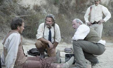 Bone Tomahawk mit Kurt Russell und Matthew Fox - Bild 1