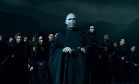 Harry Potter und die Heiligtümer des Todes 2 mit Ralph Fiennes - Bild 52
