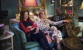 Unbreakable Kimmy Schmidt - Staffel 4 mit Ellie Kemper, Jane Krakowski und Tituss Burgess - Bild 12