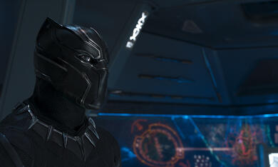 Black Panther mit Chadwick Boseman - Bild 9
