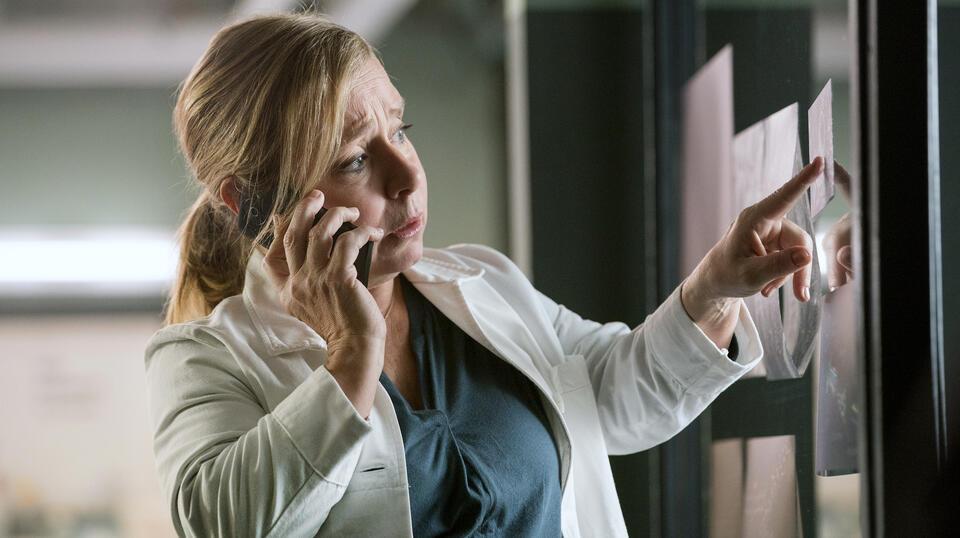 Tatort: Schlangengrube mit Christine Urspruch