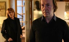 Unter Verdacht: Verschlusssache mit Ulrich Noethen und Senta Berger - Bild 14