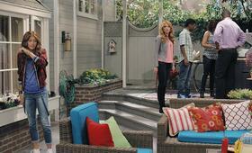 K.C. Undercover mit Bella Thorne und Zendaya - Bild 17