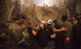 Patricia Riggen beim Dreh zu 69 Tage Hoffnung - Bild 3