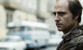 Agent Jim Prideaux (Mark Strong) in Budapest - Bild 22