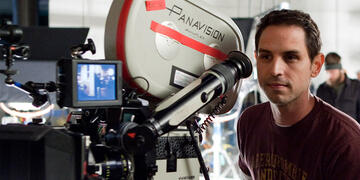 Greg Berlanti am Set von So spielt das Leben