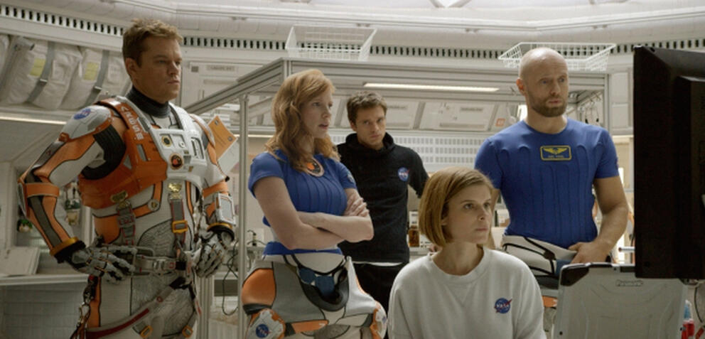Matt Damon und Kollegen in Der Marsianer