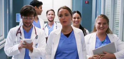 Grey's Anatomy: Jo mit Levi, Vik, Casey, Sam undTaryn