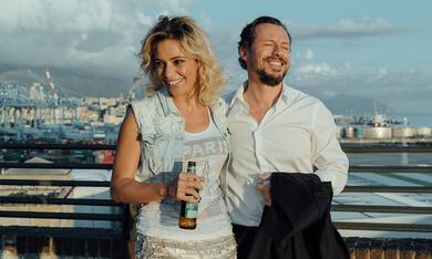 Fortunata mit Stefano Accorsi und Jasmine Trinca - Bild 1