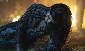 The Witcher, The Witcher - Staffel 1 mit Anya  Chalotra - Bild 5