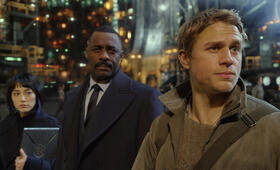 Pacific Rim mit Idris Elba und Charlie Hunnam - Bild 49