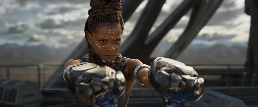 Black Panther mit Letitia Wright