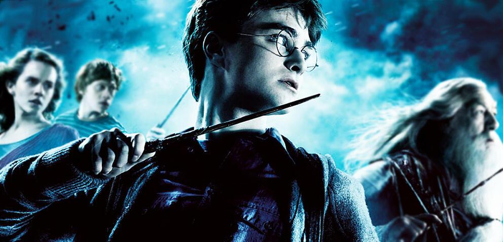 Daniel Radcliffe und Kolleg*innen in Harry Potter und der Halbblutprinz