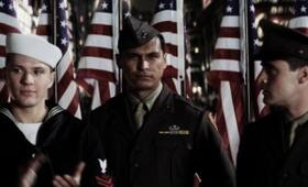 Flags of Our Fathers mit Adam Beach - Bild 15