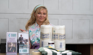On Becoming a God in Central Florida, On Becoming a God in Central Florida - Staffel 1 mit Kirsten Dunst - Bild 2