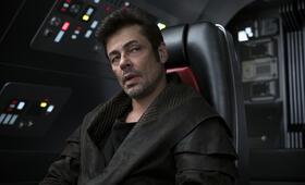 Star Wars: Episode VIII - Die letzten Jedi mit Benicio del Toro - Bild 8