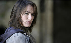 The Cave mit Lena Headey - Bild 9