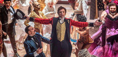 Hugh Jackmann in The Greatest Showman on Earth
