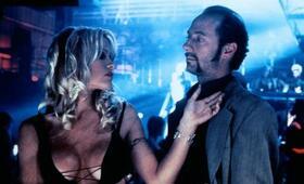 Barb Wire mit Pamela Anderson - Bild 10