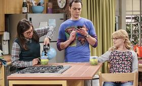 The Big Bang Theory Staffel 10 mit Melissa Rauch und Mayim Bialik - Bild 18