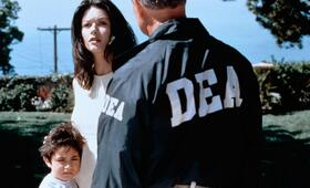 Traffic - Macht des Kartells mit Catherine Zeta-Jones - Bild 6