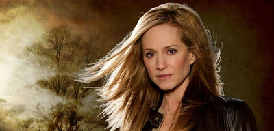 Holly Hunter in Saving Grace