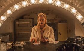 Terminal mit Margot Robbie - Bild 45