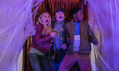 Gänsehaut 2: Gruseliges Halloween mit Madison Iseman, Jeremy Ray Taylor und Caleel Harris - Bild 2