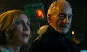 Godzilla 2: King of the Monsters mit Vera Farmiga und Charles Dance - Bild 2
