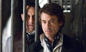 Sherlock Holmes mit Robert Downey Jr. und Mark Strong - Bild 6