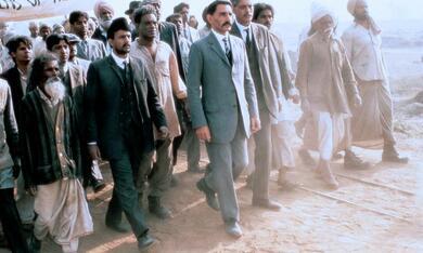 Gandhi mit Ben Kingsley - Bild 3