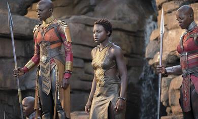 Black Panther mit Danai Gurira, Lupita Nyong'o und Florence Kasumba - Bild 12