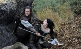 Snow White and the Huntsman mit Kristen Stewart und Chris Hemsworth - Bild 6