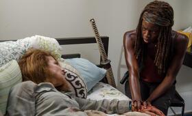 Tovah Feldshuh in The Walking Dead - Bild 2