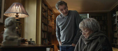 Maggie Smith und Kevin Kline in My Old Lady