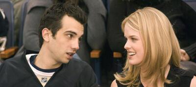 Kirk und Molly bei einem Eishockey-Date