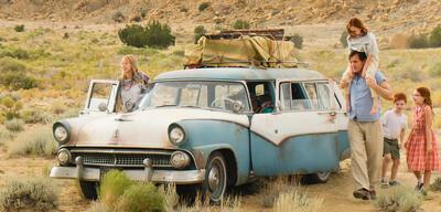 Woody Harrelson und Naomi Watts in Schloss aus Glas