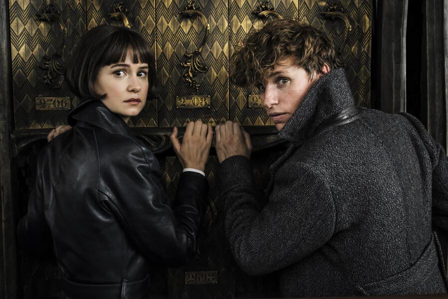 Phantastische Tierwesen 2: Grindelwalds Verbrechen mit Eddie Redmayne und Katherine Waterston