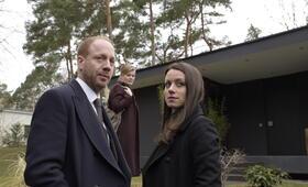Herr und Frau Bulle - Tod im Kiez mit Alice Dwyer und Johann von Bülow - Bild 11