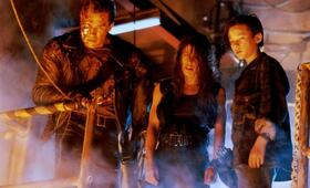 Terminator 2 - Tag der Abrechnung mit Arnold Schwarzenegger, Edward Furlong und Linda Hamilton - Bild 24