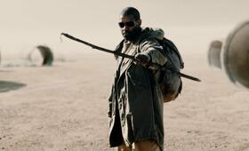 The Book of Eli mit Denzel Washington - Bild 3