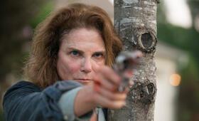 Tovah Feldshuh in The Walking Dead - Bild 3