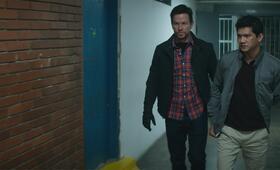 Mile 22 mit Mark Wahlberg und Iko Uwais - Bild 17