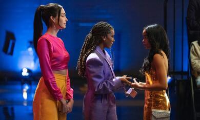 Gossip Girl, Gossip Girl - Staffel 1 mit Whitney Peak, Zion Moreno und Savannah Lee Smith - Bild 2