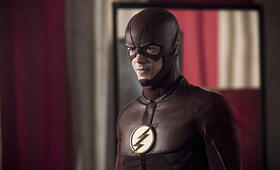 The Flash Staffel 3 mit Grant Gustin - Bild 10