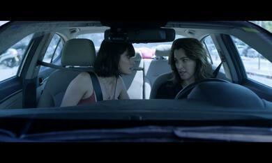 Losing Alice, Losing Alice - Staffel 1 mit Ayelet Zurer und Lihi Kornowski - Bild 1